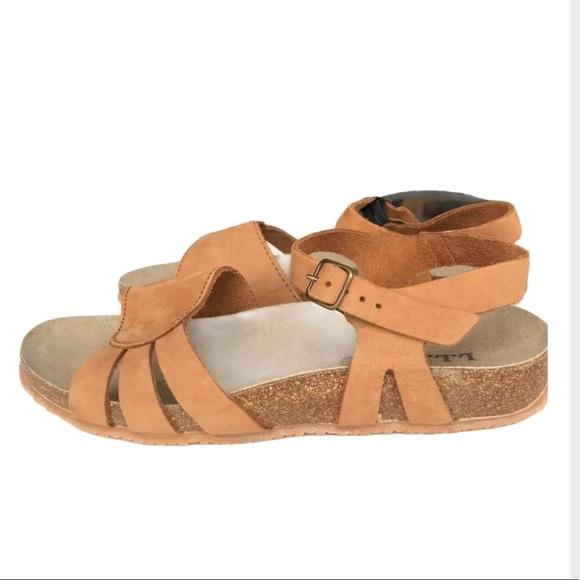 L.L. Bean Cork Soled Leather Sandals Shoes camel